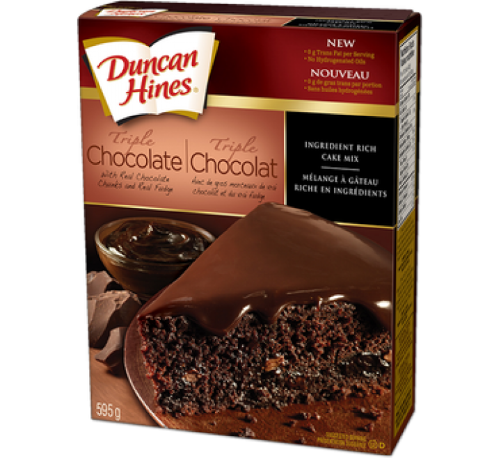 Duncan Hines Decadent Triple Chocolate Cake Mix (595g)