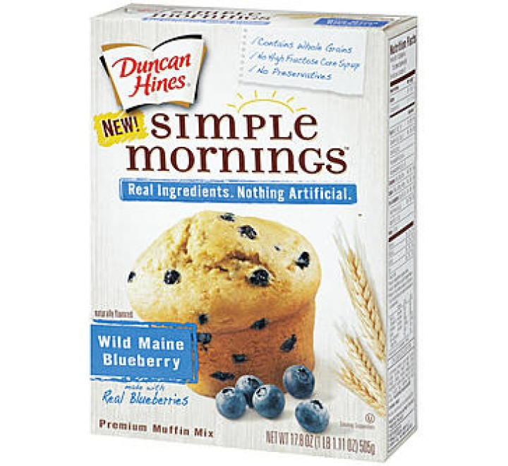 Duncan Hines Simple Mornings Wild Maine Blueberry Muffin Mix (505g)